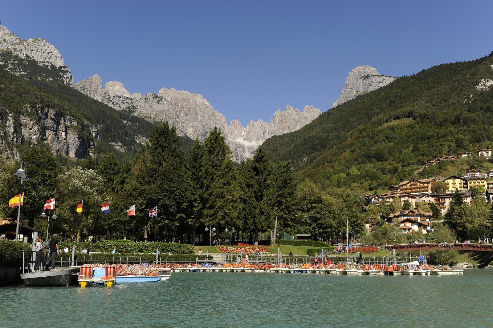 Dormire Bene Lago Di Molveno Hotel 3 Stelle Molveno